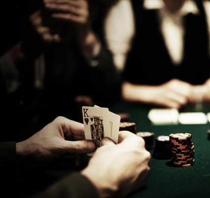 Collect bitcoin bonuses for online poker!